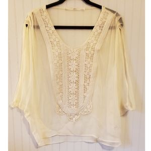 🏵100% Silk and Lacy Boho Top🏵